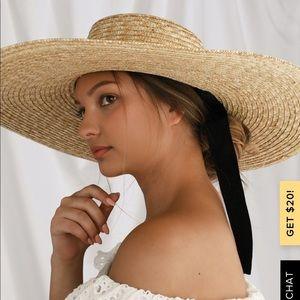 NEW Lulu's oversized straw hat
